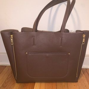 Large Ann Taylor Tote. Never been used!
